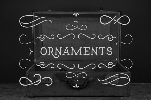 ornaments-f