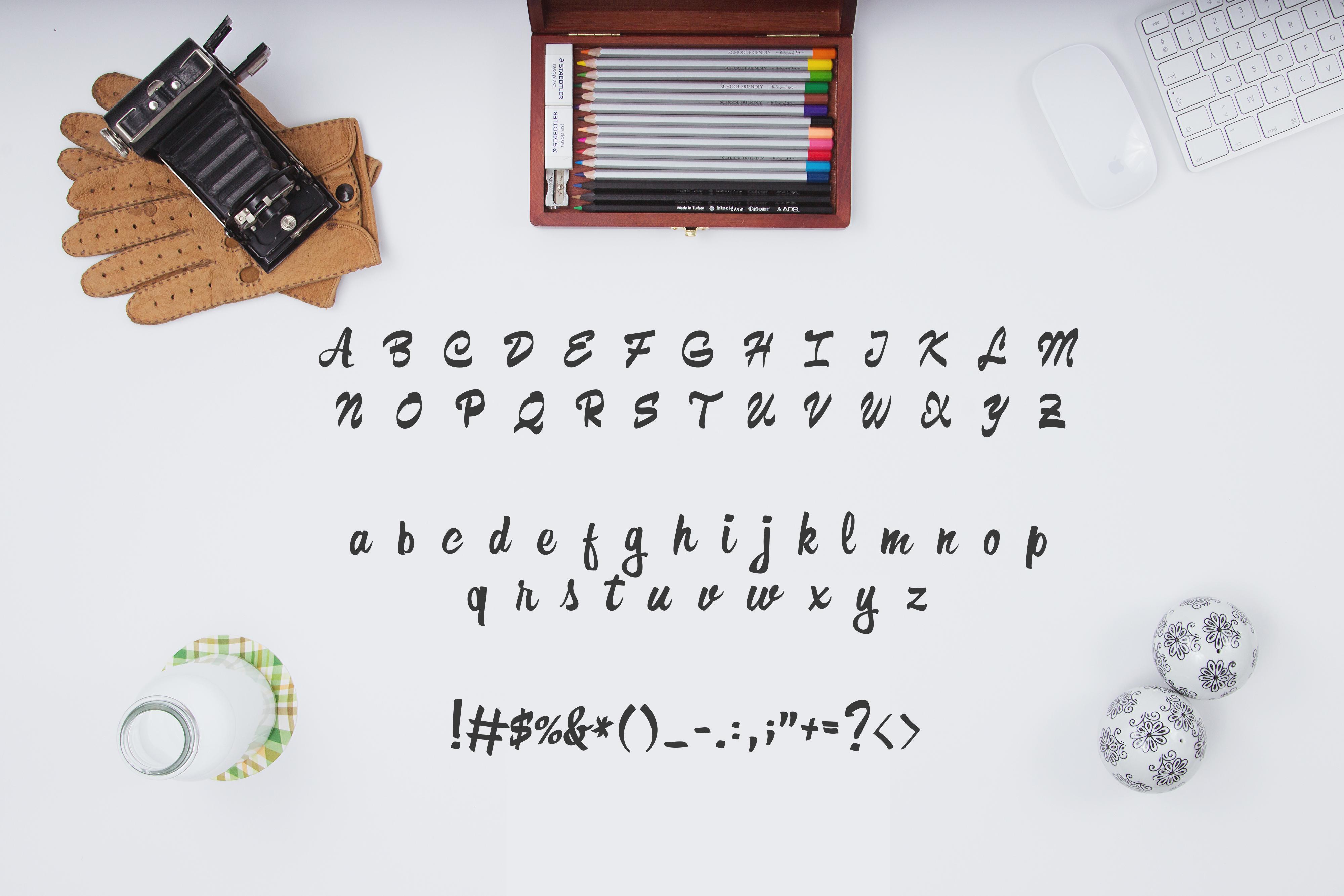 Formia Script