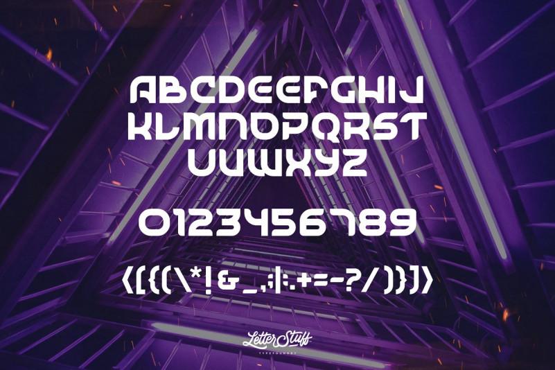 SpaceSurfer Font