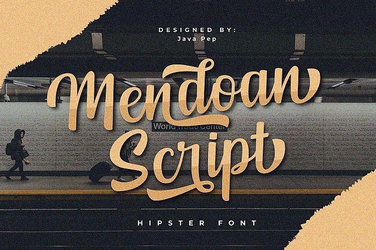 Mendoan Script Font